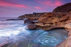 Rotsachtig strand op de Zwarte Zee, Bulgarije Stock Foto's