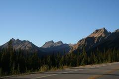 Rotsachtige bergen Royalty-vrije Stock Afbeelding
