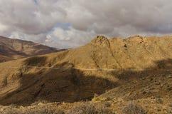 Rotsachtige bergen van Fuereventura Stock Afbeelding
