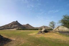 Rotsachtige heuveltjes van Bera heuvels, Bera Jawai, Rajasthan, India royalty-vrije stock foto