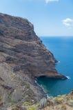 Rotsachtige kust van La Palma met de Atlantische Oceaan, Spanje Royalty-vrije Stock Afbeelding