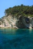 Rotsachtige kust van Middellandse-Zeegebied. Stock Afbeeldingen