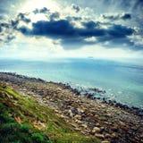 Rotsachtige kust van Noordzee, Frankrijk Royalty-vrije Stock Foto's