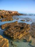 Rotsachtige kust in Victoria, Australië royalty-vrije stock foto's