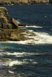 Rotsachtige kustlijn Royalty-vrije Stock Afbeeldingen