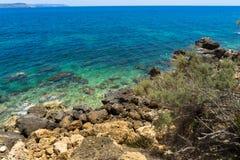 Rotsachtige kustlijn van Gozo royalty-vrije stock foto