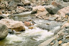 Rotsachtige rivier Royalty-vrije Stock Foto