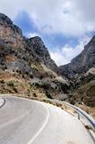 Rotsachtige weg in Griekenland Stock Foto's