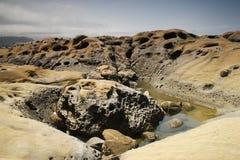 Rotsachtige Zeekust Stock Afbeelding