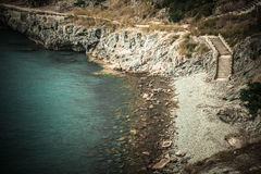 Rotsen en overzees Stock Foto
