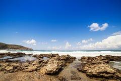 Rotsen en stenen op het strand in Palinuro, Zuid-Italië Royalty-vrije Stock Fotografie