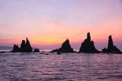 Rotsen hashikui-iwa bij dageraad stock afbeelding