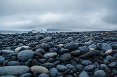 Rotsen in het strand Royalty-vrije Stock Afbeelding