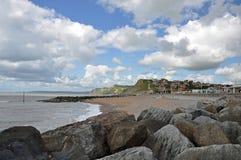 Rotsen langs het strand Royalty-vrije Stock Afbeelding