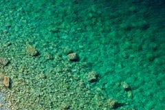 Rotsen onderwater Royalty-vrije Stock Afbeelding