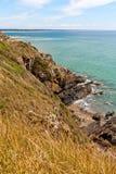 Rotsen op Atlantische kust in Normandië Stock Foto's