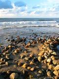 Rotsen op het strand Royalty-vrije Stock Afbeelding