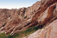Rotsen van Westelijk Tien Shan in Oezbekistan Royalty-vrije Stock Foto
