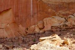 Rotstekeningen, het Nationale Park van de Capitoolertsader, Utah/de V.S. - 15 Juli, 2018 stock foto