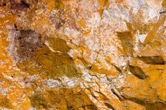 Rotstextuur en oppervlakteachtergrond Gebarsten en doorstaan natur Stock Afbeeldingen
