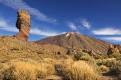 Rotsvormingen in het Nationale Park van Teide op Tenerife stock foto's