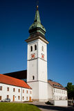 ROTTENBUCH, ГЕРМАНИЯ - 18-ОЕ ИЮНЯ: Башня церков аббатства Rottenbuch (Kloster Rottenbuch) Стоковое Фото