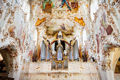 ROTTENBUCH, GERMANIA - 18 GIUGNO: Interno della chiesa dell'abbazia di Rottenbuch (Kloster Rottenbuch) Fotografia Stock Libera da Diritti