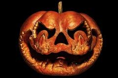 Rottend, enge Halloween-pompoen die op een Chinese draak lijken hij stock fotografie