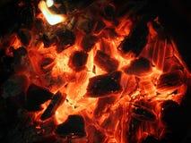 Rottende rode steenkolen Royalty-vrije Stock Afbeelding