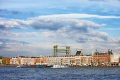 Rotterdam alloggia la vista del fiume Immagini Stock