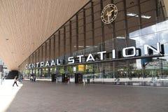 Rotterdam centrali stacja dla krajowego en zawody międzynarodowi pociągu ruchu drogowego otwierał w 2014 fotografia stock