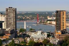 Rotterdam en rivier Maas Stock Fotografie