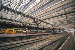 Rotterdam, holandie - Około 2018: Rotterdam Centraal stacja obrazy stock