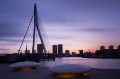 Rotterdam horisont efter solnedgång Royaltyfri Fotografi
