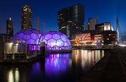 Rotterdam horisont med kontorsbyggnader Arkivbild