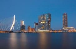 Rotterdam horisont med kontorsbyggnader Royaltyfria Foton