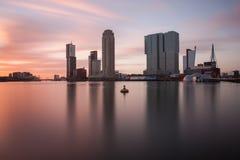 Rotterdam horisont på solnedgången Royaltyfri Bild
