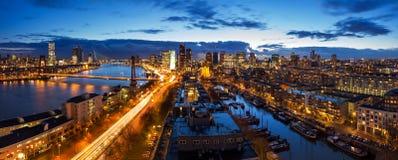 Rotterdam horisontpanorama Arkivbilder