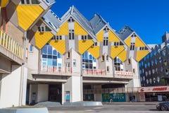 Rotterdam Nederländerna -, May 2018: Kubhus i Rotterdam, Nederländerna Berömd turist- gränsmärke i södra Holland Royaltyfria Bilder