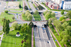 ROTTERDAM NEDERLÄNDERNA - Maj 10: Cityscape från det Euromast tornet i Rotterdam, Nederländerna på Maj 10, 2015 Arkivfoton