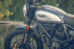 ROTTERDAM, NETHERLANDS - SEPTEMBER 2 2018: Motorcycles are shining at Dutch motor event 'Rotterdam Dirt Ride' stock photos