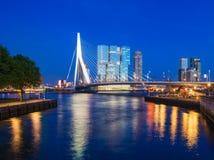 Rotterdam på skymning Arkivbild