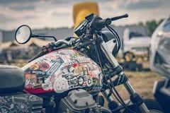 ROTTERDAM, PAÍSES BAJOS - 2 DE SEPTIEMBRE DE 2018: Las motocicletas son shini imagenes de archivo