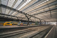 Rotterdam, Pays-Bas - vers 2018 : Station de Rotterdam Centraal images stock