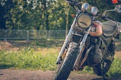 ROTTERDAM SOM ÄR NEDERLÄNDSK - SEPTEMBER 2 2018: Motorcyklar är shinien arkivfoto