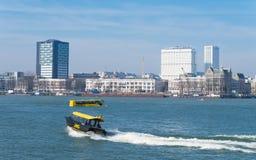 Rotterdam vattentaxi Arkivbilder