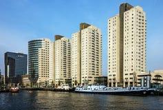 Rotterdam w holandiach Nowożytni grodzcy budynki w schronieniu zdjęcie stock