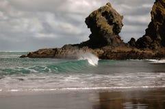 Rottura dell'onda Fotografia Stock Libera da Diritti