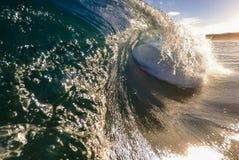 Rottura dell'onda di pomeriggio fotografie stock