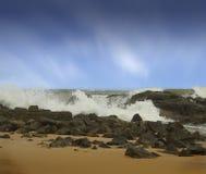 Rottura delle onde Immagini Stock Libere da Diritti